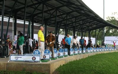 arayagolf&familyclub_drivingrangelaunching02